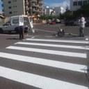 Administração Municipal realiza recuperação e pintura de faixas no estacionamento da Prefeitura e Câmara Municipal