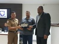 Câmara presta homenagem a Policiais Militares pelos serviços prestados à população pinheirense