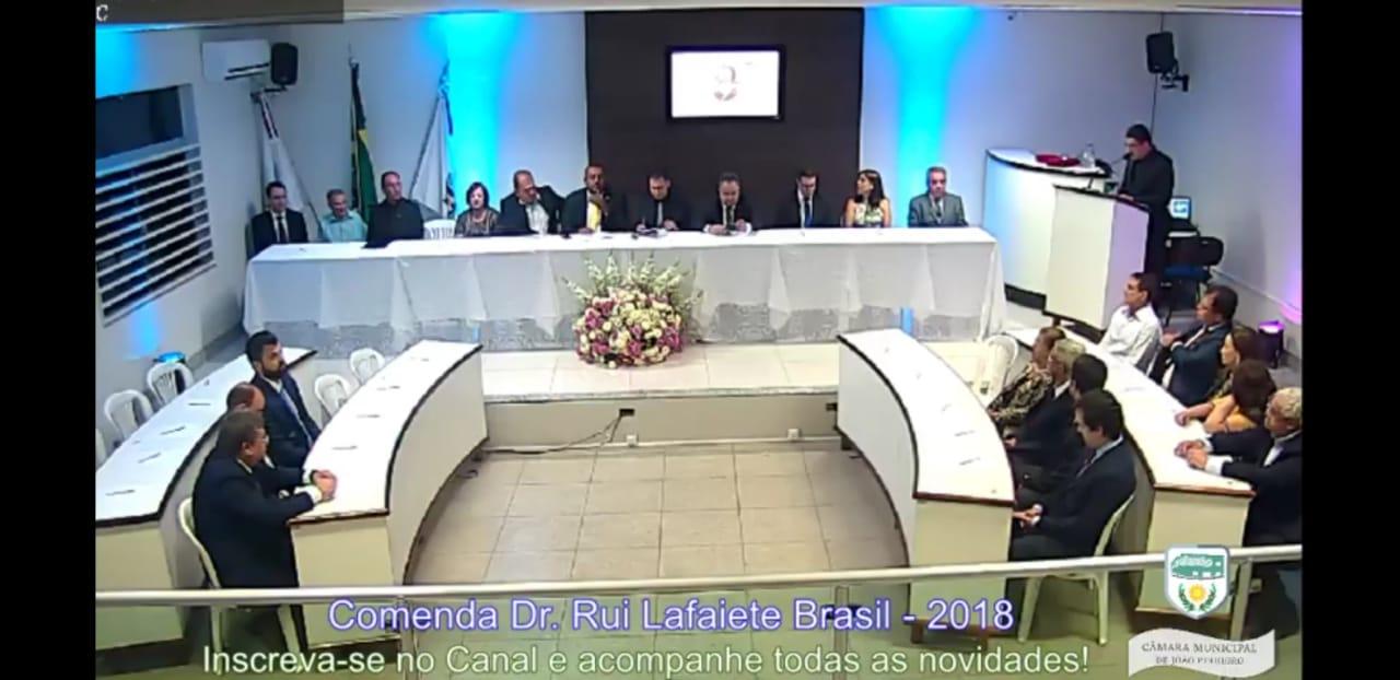 Comenda Dr. Rui Lafaiete Brasil marca as comemorações do aniversário de João Pinheiro