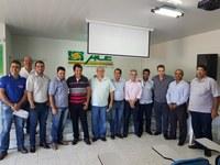 Deputado Federal Subtenente Gonzaga visita João Pinheiro e ouve as demandas dos policiais e comerciantes